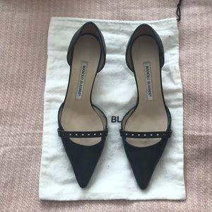 Manolo blahnik d'Orsay kitten heels.